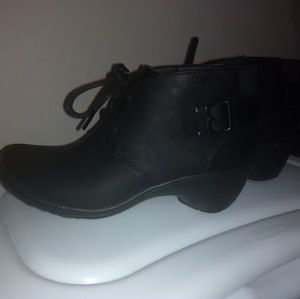 Merrell black leather ankle boots
